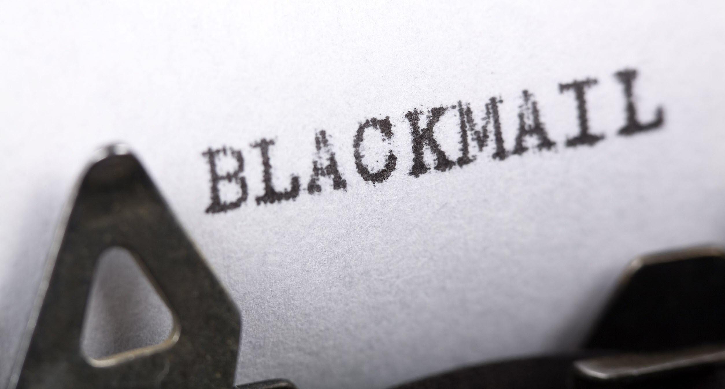 Blackmail Lab rat Analysis